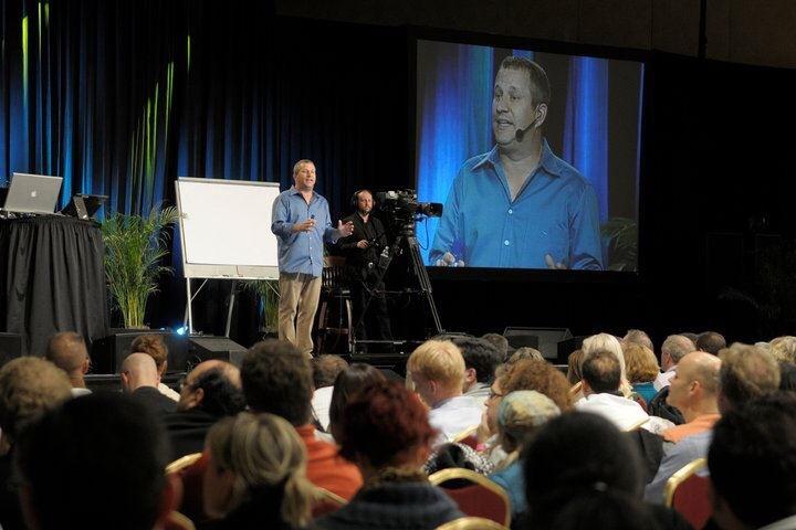 Scott Flansburg at an event